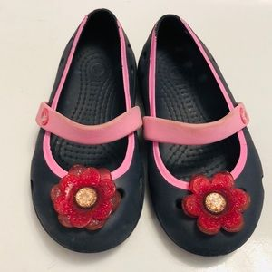 Crocs toddler size 8 navy mary janes